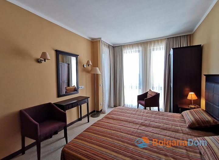 Апартамент с одной спальней с видом на море в люкс-комплексе на первой линии. Фото 9