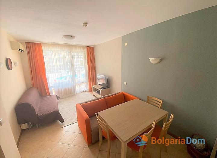 Отличная квартира с одной спальней в комплексе  Роял Сан. Фото 1