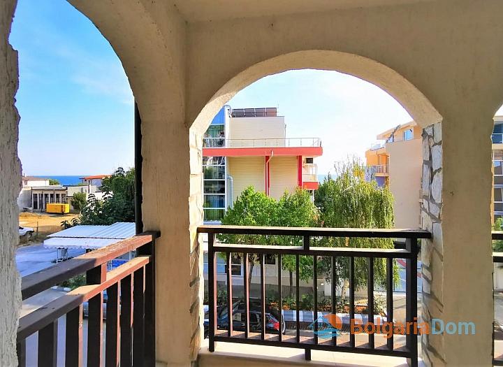 Просторная двухкомнатная квартира с видом на море в 50 метрах от пляжа. Фото 2