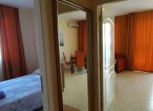 Двухкомнатная квартира в Солнечном Береге. Фото 9