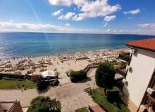 Просторная трехкомнатная квартира в центре Солнечного берега. Фото 2