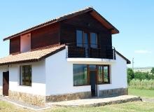 Продажа нового дома в 10 км от моря около Бургаса. Фото 1