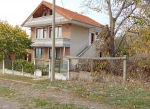 Трехэтажный дом на продажу в селе Горица. Фото 2
