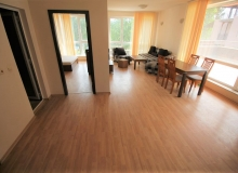 Трехкомнатная квартира с большой террасой в Солнечном Береге. Фото 2
