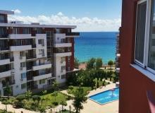 Трехкомнатная квартира с видом на море на первой линии. Фото 8
