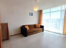 Трехкомнатная квартира на первой линии в курорте Равда. Фото 18