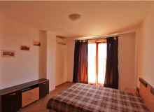 Трехкомнатная квартира с панорамными видами в Бяле. Фото 2