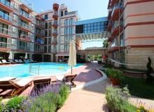 Двухкомнатная квартира с двориком в Солнечном Береге. Фото 1
