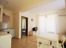 Недорогая квартира с двумя спальнями в Солнечном Береге. Фото 1