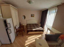 Трехкомнатная квартира на продажу в Бяле. Фото 4