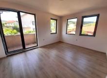 Недорогая двухкомнатная квартира в комплексе. Фото 1