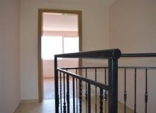 Новая трехэтажная вилла с участком в Святом Власе. Фото 22