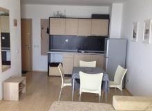 Двухкомнатная квартира на идеальной первой линии в Поморие. Фото 3