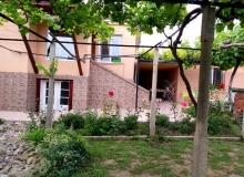 Дом с большим участком в селе Подвис. Фото 15