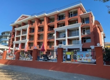 Просторный апартамент на первой линии в Солнечном Береге. Фото 20