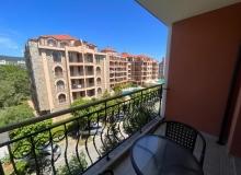 Хорошая трехкомнатная квартира на Солнечном берегу. Фото 1