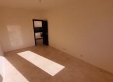 Новый трехкомнатный апартамент на первой линии Святого Власа. Фото 22