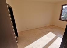 Новый трехкомнатный апартамент на первой линии Святого Власа. Фото 24
