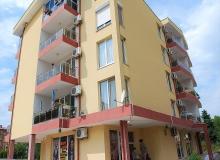 Квартира в жилом доме без таксы в центре Солнечного Берега. Фото 14