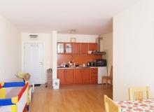 Недорогая 2-х комнатная квартира в к-се Несебр Форт. Фото 2