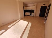 Новый трехкомнатный апартамент на первой линии Святого Власа. Фото 3