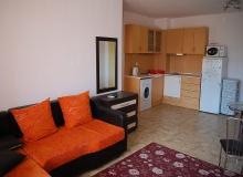 Квартира в жилом доме без таксы в центре Солнечного Берега. Фото 2