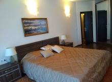 Четырехкомнатная квартира на продажу в Сарафово. Фото 3