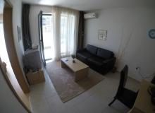 Трехкомнатная квартира по выгодной цене в Святом Власе. Фото 9