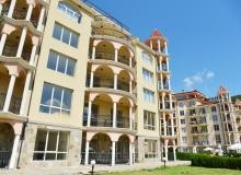 Большая двухкомнатная квартира в Елените. Фото 9