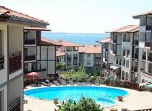Прекрасный трёхкомнатный апартамент с видом на море в Святом Власе. Фото 1