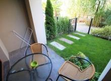 Современная студия с английском двориком . Фото 8