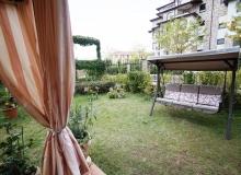 Большая квартира с зеленой лужайкой в Святом Власе. Фото 12