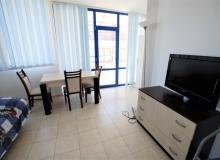 Недорогая двухкомнатная квартира в Равде возле пляжа. Фото 9