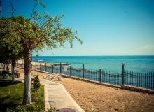 Срочная продажа квартиры на первой линии моря. Фото 1