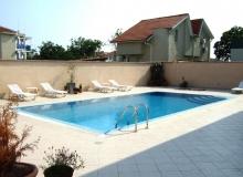 Большой дом на продажу в Равде. Фото 3