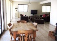 Большой дом на продажу в Равде. Фото 11