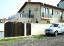 Большой дом на продажу в Равде. Фото 1