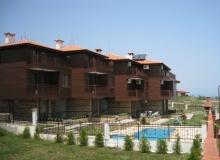 Трехэтажные дома на продажу недалеко от моря. Фото 6