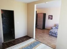 Недорогая двухкомнатная квартира на продажу в Сарафово. Фото 3