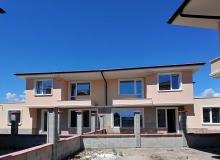 Новые дома на продажу в городе Поморие. Фото 1