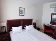 Двухкомнтная квартира в Поморье на первой линии в комплексе Сансет Резорт/Sunset Resort. Фото 12