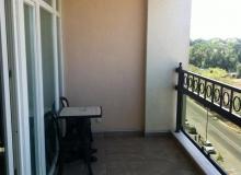 Двухкомнтная квартира в Поморье на первой линии в комплексе Сансет Резорт/Sunset Resort. Фото 6
