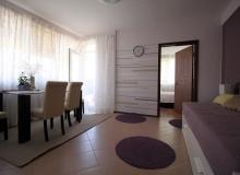 Современная двухкомнатная квартира в Равде . Фото 2