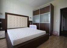 Просторный апартамент на первой линии в Царево, Врис. Фото 4