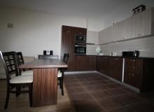 Просторный апартамент на первой линии в Царево, Врис. Фото 13