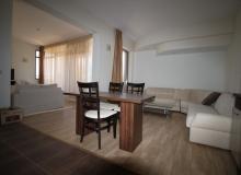 Просторный апартамент на первой линии в Царево, Врис. Фото 15