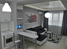 Современная двухкомнатная квартира на продажу в Бургасе. Фото 1