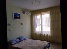 Современная двухкомнатная квартира в центре Поморие. Фото 4