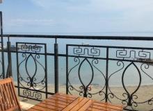 Апартамент с панорамной террасой на первой линии в Поморие. Фото 20