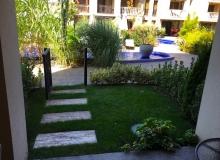 Современная студия с английском двориком . Фото 6